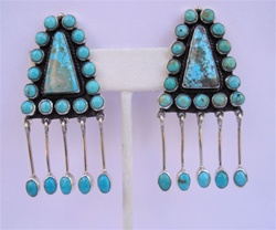 EARRINGS 39