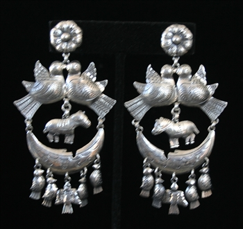 EARRINGS 89