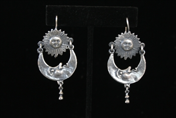 EARRINGS 104