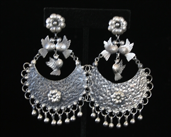 EARRINGS 106
